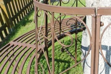 Schmiedeeisen Baumbank von Dandibo Detailansicht